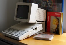 Used 2013-04-10 Apple IIc (AlKHall sobriety recovery)