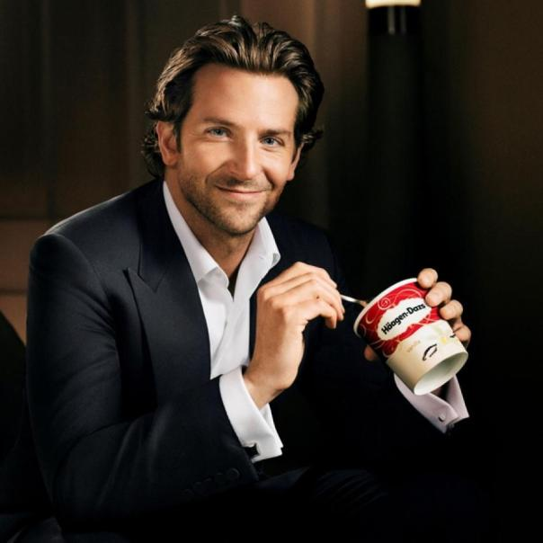 Used 2013-10-16 Bradley Cooper (AlKHall Celebriety) 05